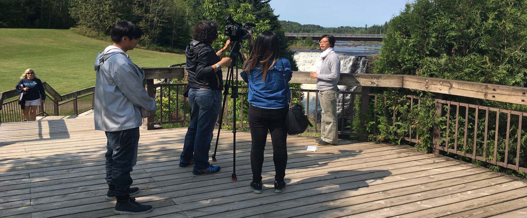 Travel media at kakabeka falls